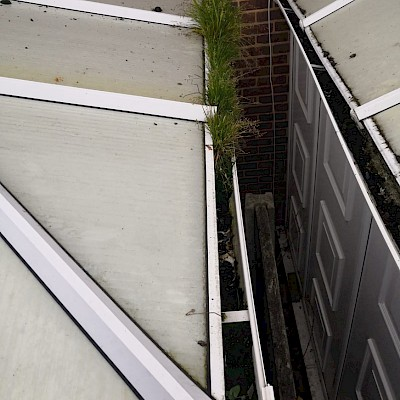 gutter cleaning needed in London